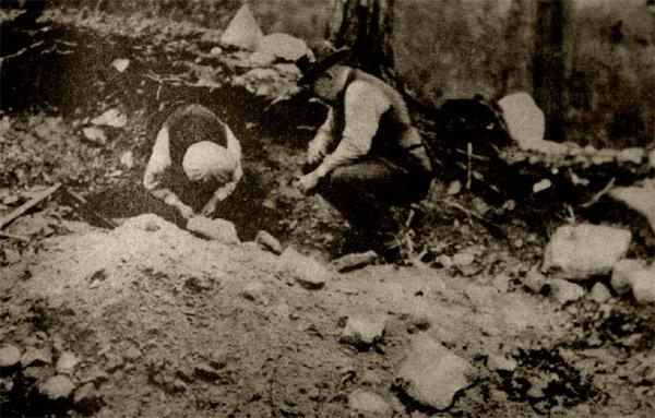 Gullvasking i Pasvik, foto fra boken.